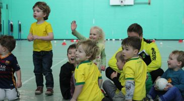 the sporty tots group together