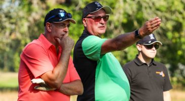 Golfers take to fairways of Royal Norwich to support Foundation